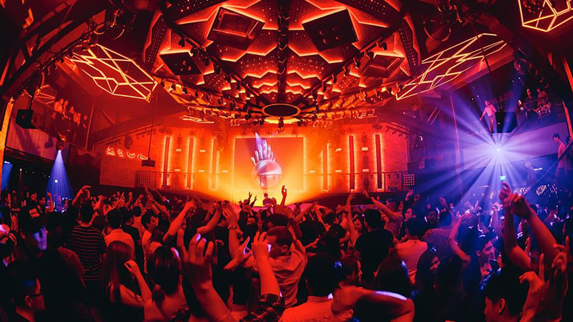 best party spots of Singapore