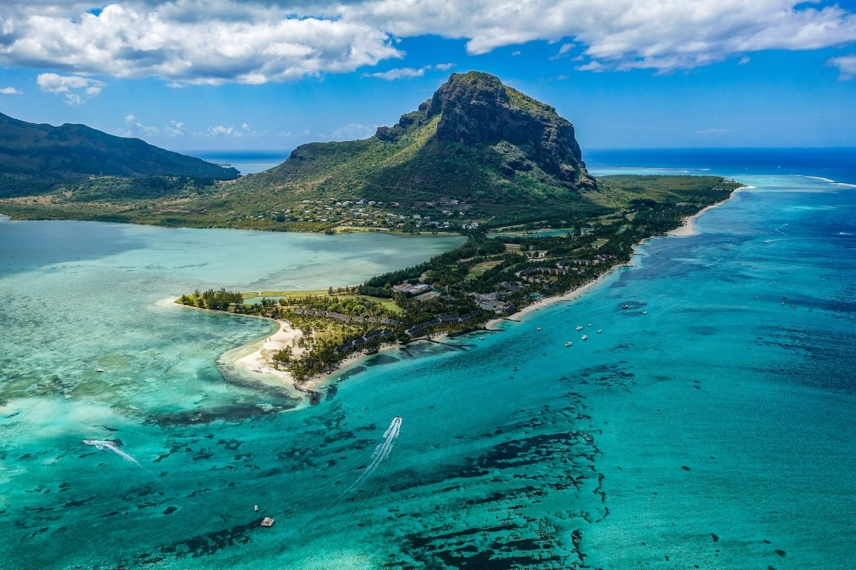 coral reefs in Mauritius